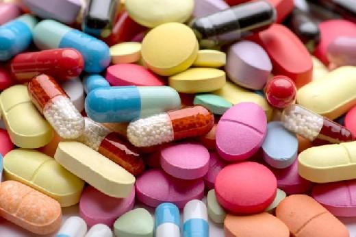 Известный педиатр перечислил признаки бесполезных лекарств