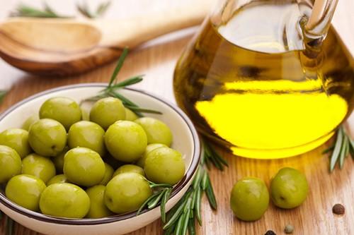 Оливковое масло признано кардиологами идеальным продуктом