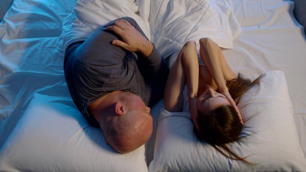 Что такое ночное апноэ, чем оно опасно и как с ним бороться