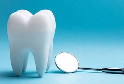 Переболевшие COVID-19 люди жалуются на выпадение зубов