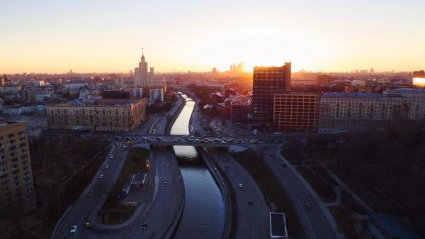 Собянин продлил ограничения для пожилых и удаленщиков до 15 января