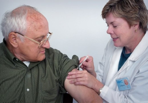 Вакцинация остановит мутации коронавируса