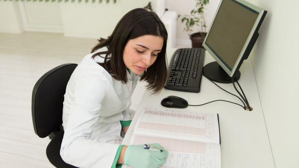 Расшифруйте врача: тест на память о бумажных выписках